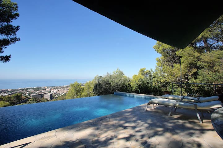 Holiday Apartment at La Casita Blanca - Marbella - Casa vacanze