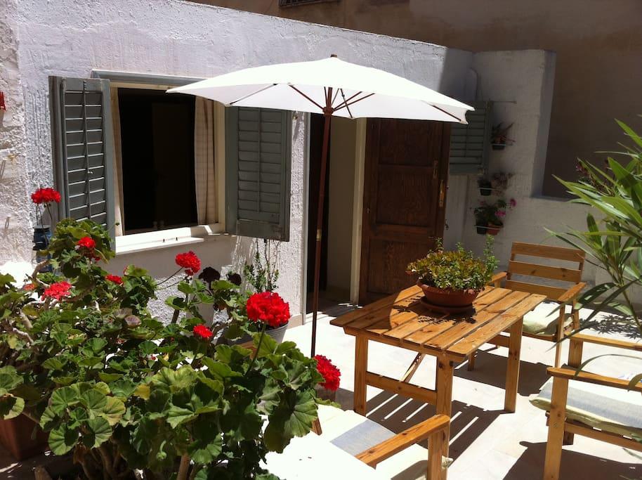20 mins to favignana studio terrace trapani port case in for Case in affitto a trapani non arredate