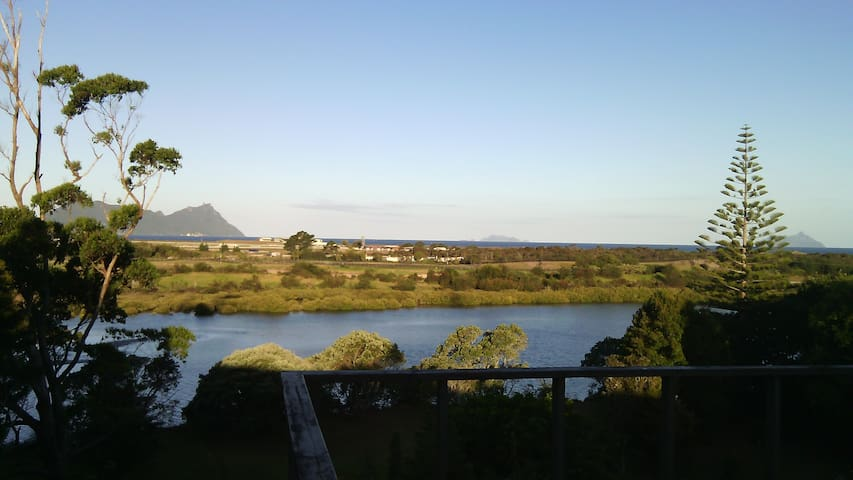 RIO (River, Island, Ocean ) @ Ruakaka - Ruakaka - Bed & Breakfast