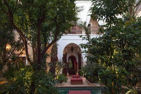 The Djahane Garden, a luxury riad.