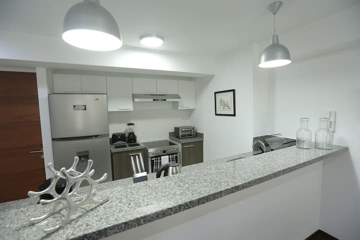 Fully equipped apt in San Isidro - Lima - Appartement