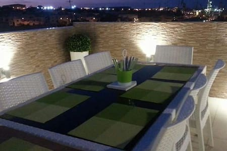 Apartment with Terrace - Fgura - Apartmen