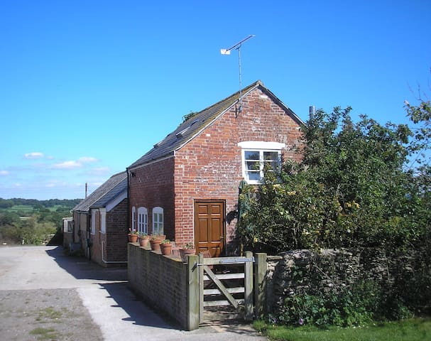 Ryalls Stud Cottage - Bishop's Caundle - Дом
