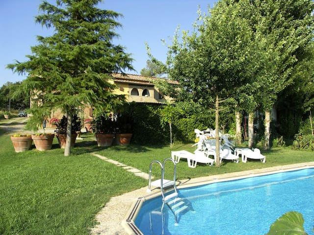 Countryhouse &pool by Siena - Buonconvento - House
