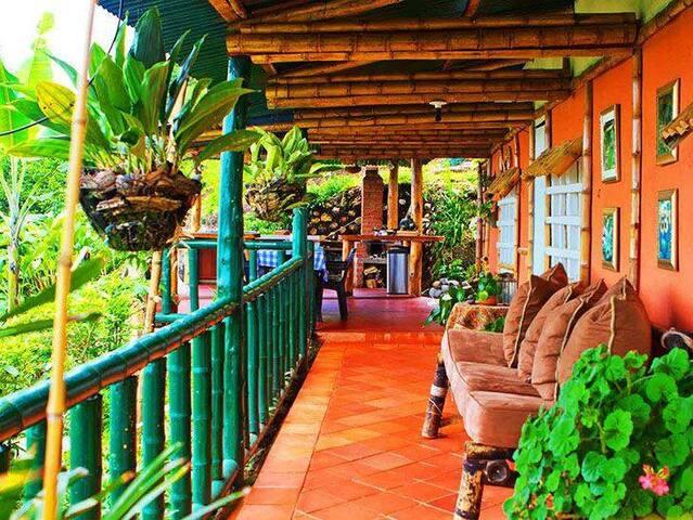 La Casita Vieja, Cozy Bed for two. - Gualanday, parte baja - corregimiento la Buitrera  - House