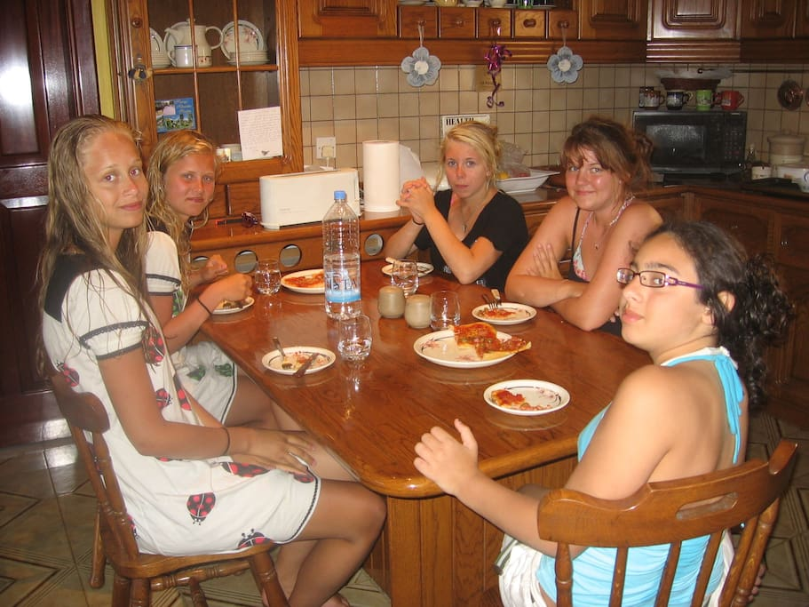 some of my past guests having breakfast,,3 swedish girls and on danish plus my grandaughter
