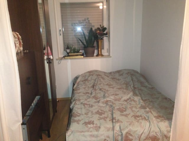 Comfortable 1 Room Appartment for 3 - München - Huis