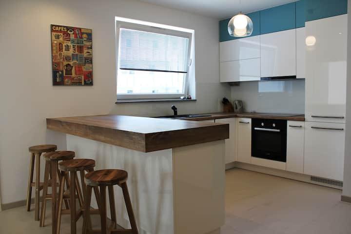2 pok. nowe /fully furnished 2 bdr.