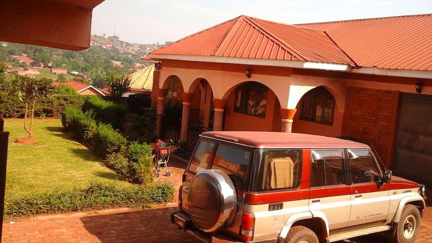Toto luxury home - Kampala