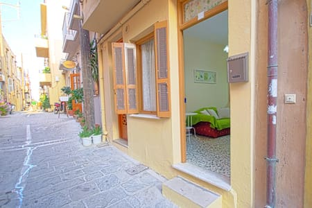 Apartment in the Old Town, Near the Beach - Rethimno
