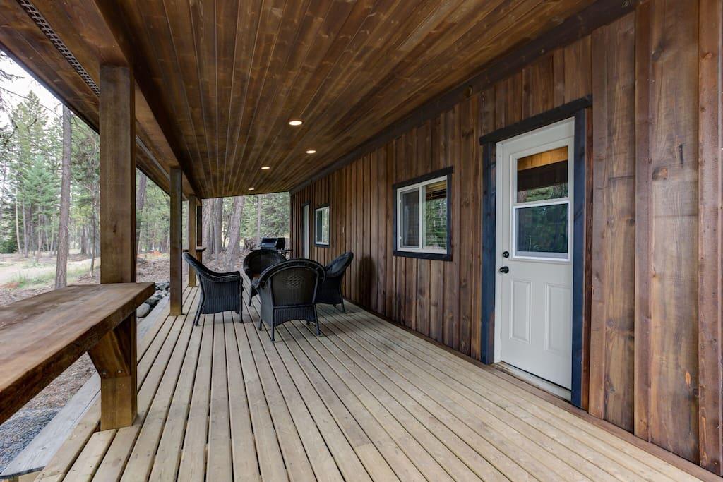 Bunkhouse  Deck