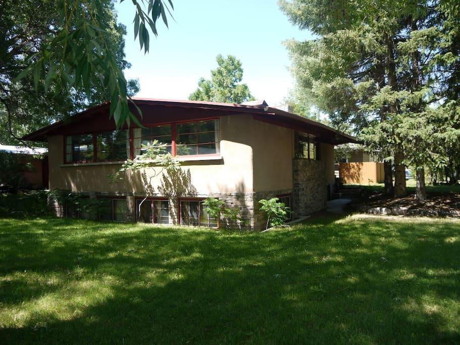 Spacious Placious 3 Blocks To Msu Apartments For Rent In Bozeman Montana United States