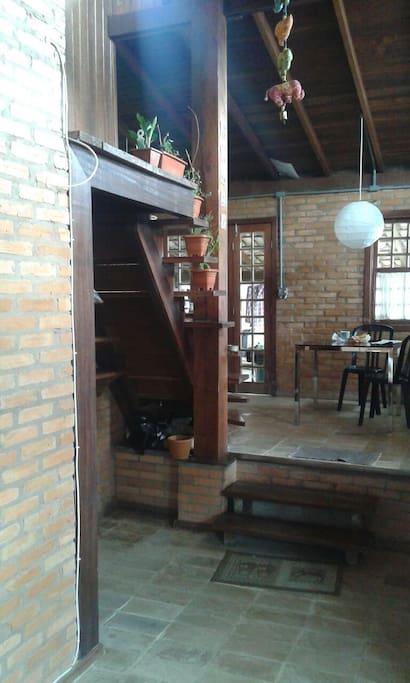 Vista da sala para sala de   janta.