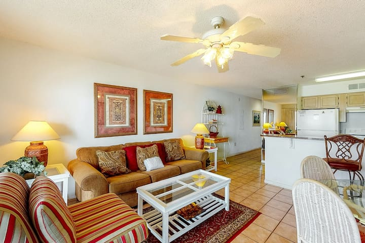2nd Floor Condo w/ Gulf View! Grill, Pools, Beach Access, Near shops and more!