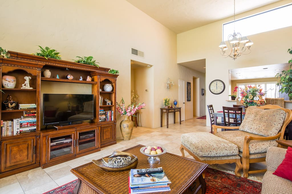 open floor plan living area opens out to the amazing mountain views and Stadium Golf Course
