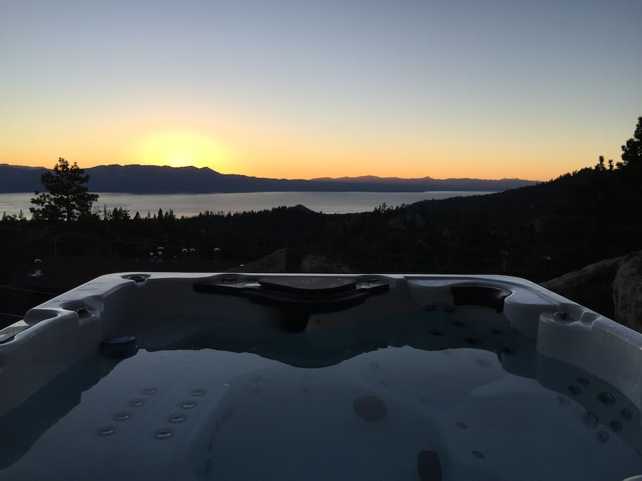 Brand new hot tub sunset lake view (7 person, 80jet!) #1