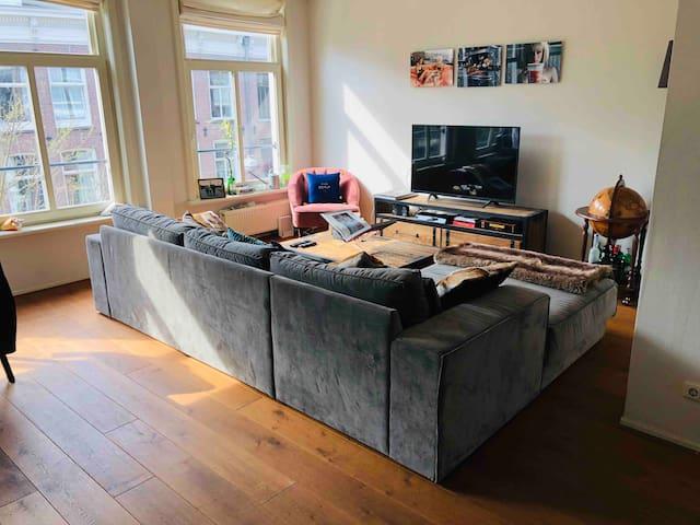 Amsterdam 'De Pijp' modern & bright apartment