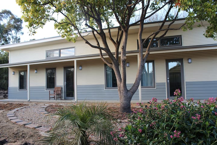 The Grape and Olive in Willunga - Willunga - Bed & Breakfast