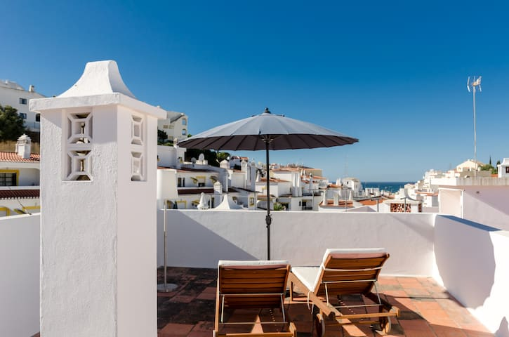 Private Roof Top Terrace Apartment - Carvoeiro - Apartemen
