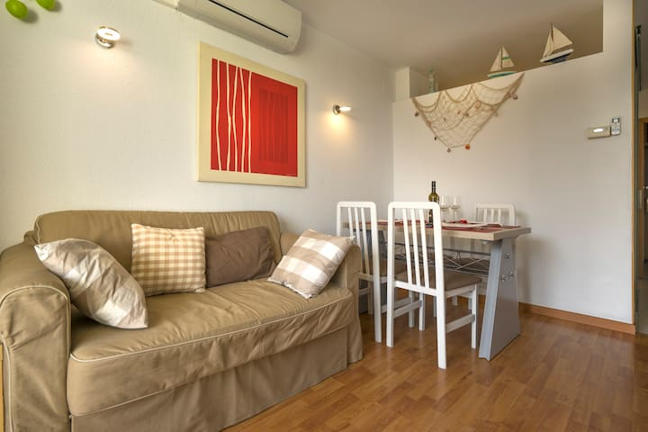 COMFORTABLE APARTMENT  a 400 mt PLAYA CON PISCINA - L'Estartit