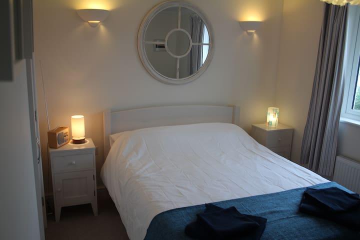Modern two-bedroom house - Rye - House