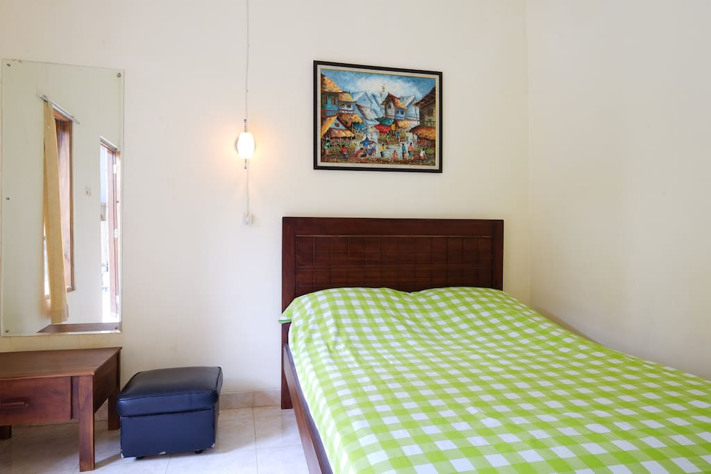 Larisa 2 cozy room jogja airport and temple chambres d for Chambre airport