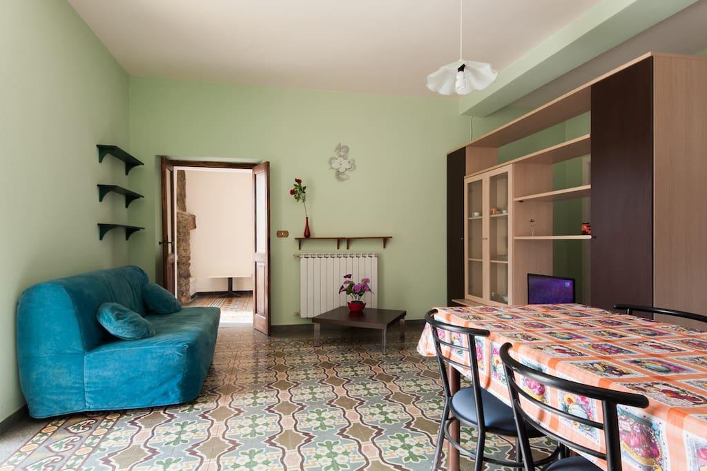 Vacanze la spezia e cinque terre v appartamenti in for Salotto la veronica