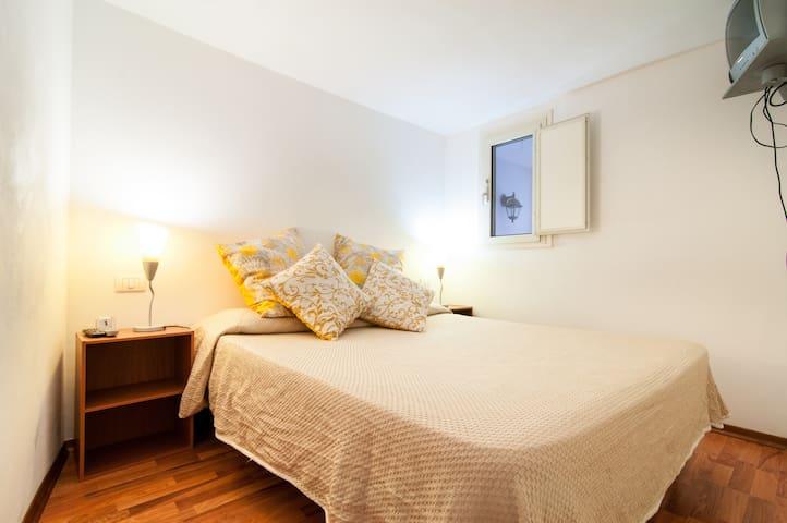Great Apartment in Ortigia WIFI - Syracuse - House