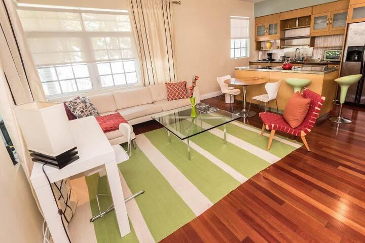 South Beach Retreat. Great location - Miami Beach - Apartment