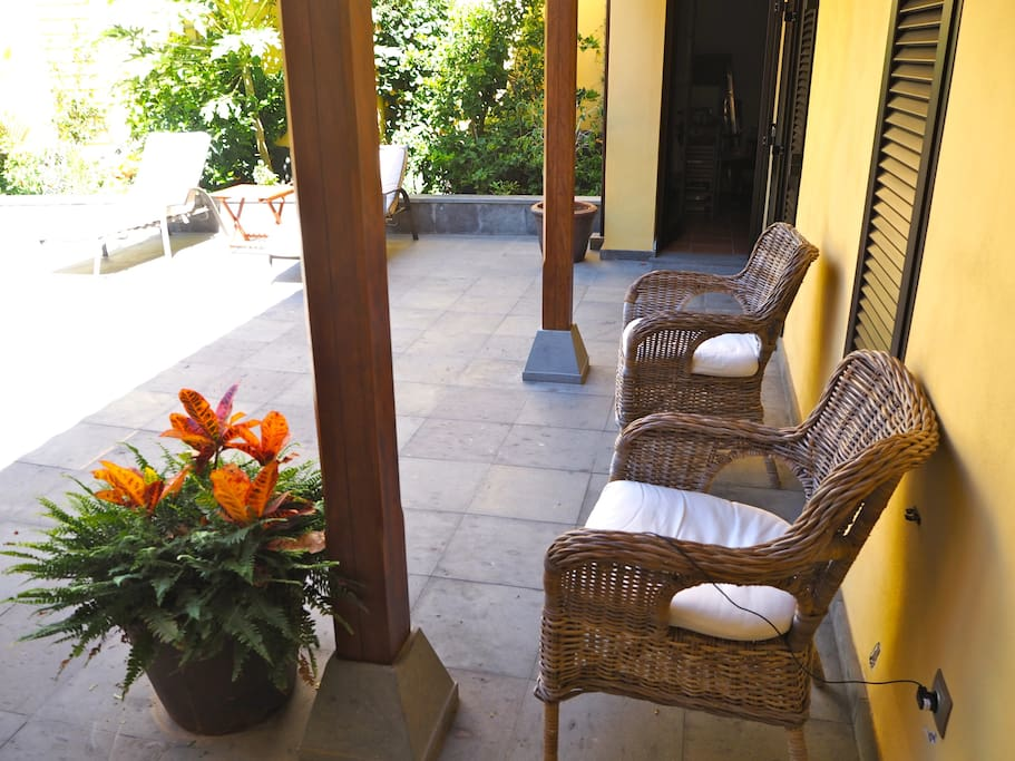 A traditional canary patio.