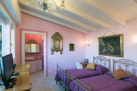 B&B Villa Turchina**** Appartamento - Castellar Guidobono - 別荘