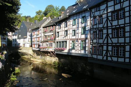 Directly at the river Rur - Monschau