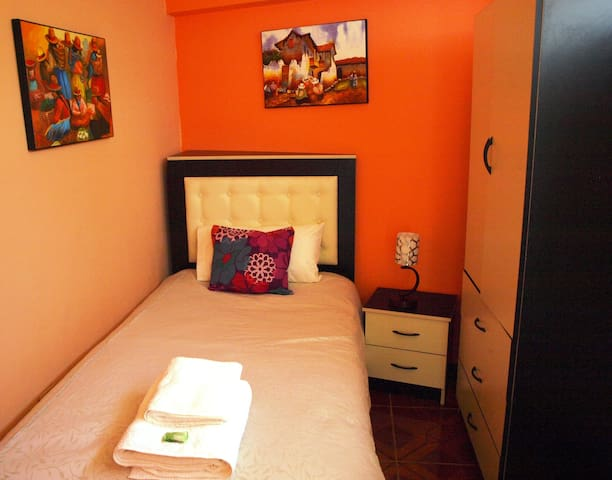 CUSCO PRIVATE SINGLE ROOM - Cusco