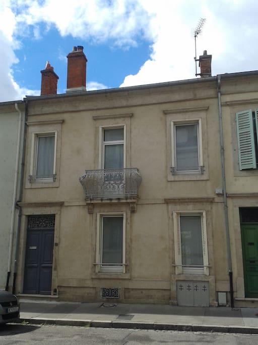 Maison côté rue