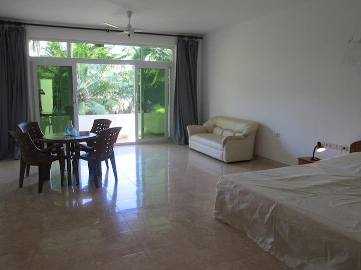 Spacious Doubleroom with Balcony[1]