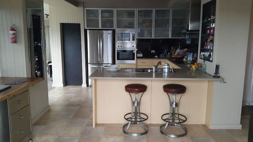 Narooma Luxury Ocean & Lake Views - Narooma - Appartement