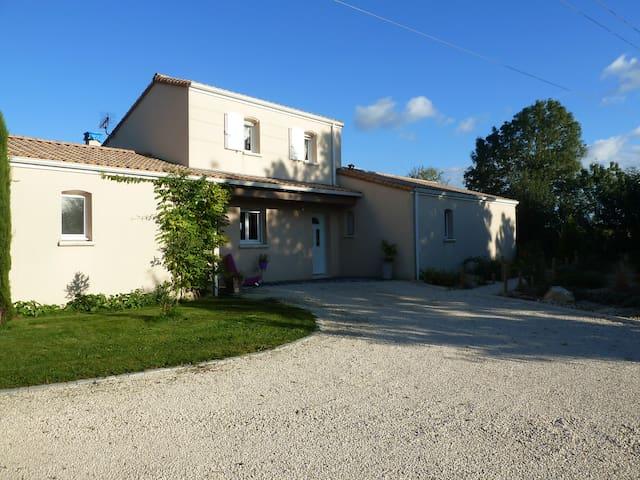 Maison entre terre et mer - Prahecq - Casa