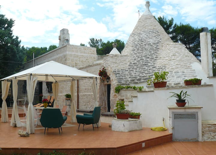 Trullo with Lamie and loft