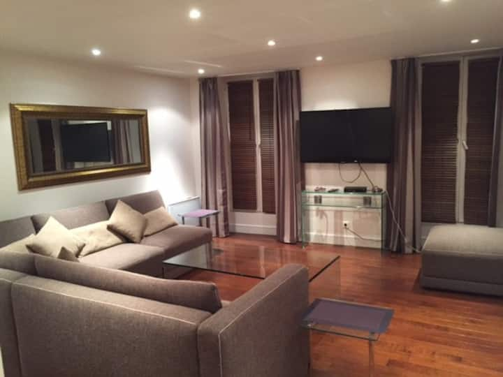 Apt 53m2 located 20' from Paris