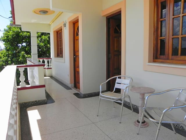 Varadero house in european standard - Santa Marta - Penzion (B&B)