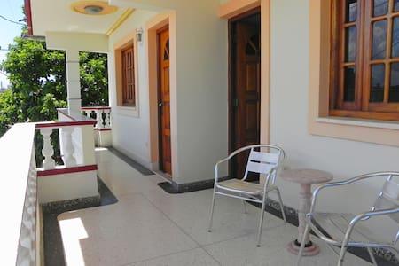 Varadero house in european standard - Santa Marta - Bed & Breakfast