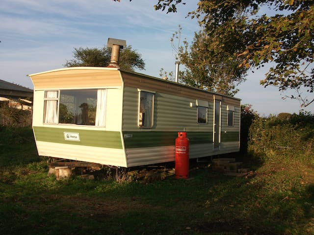 Lovely caravan, great rural views + all mod cons
