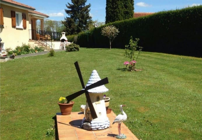 Grande maison à 5 min d'Aurillac - Ytrac - Rumah