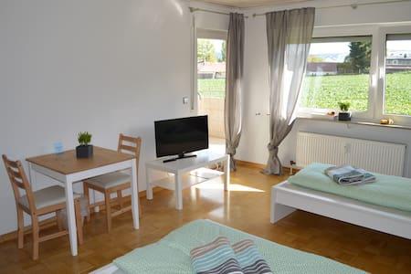 2-Bettzimmer - Öhringen - Apartment