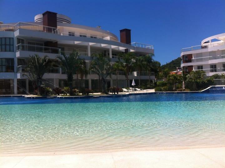 Marine Home & Resort - piscina aquecida