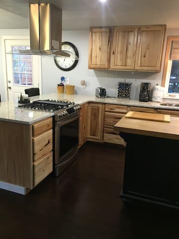 Aurora Vista Vacations - Anchorage - Apartamento