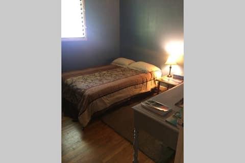Small Quaint Private Room
