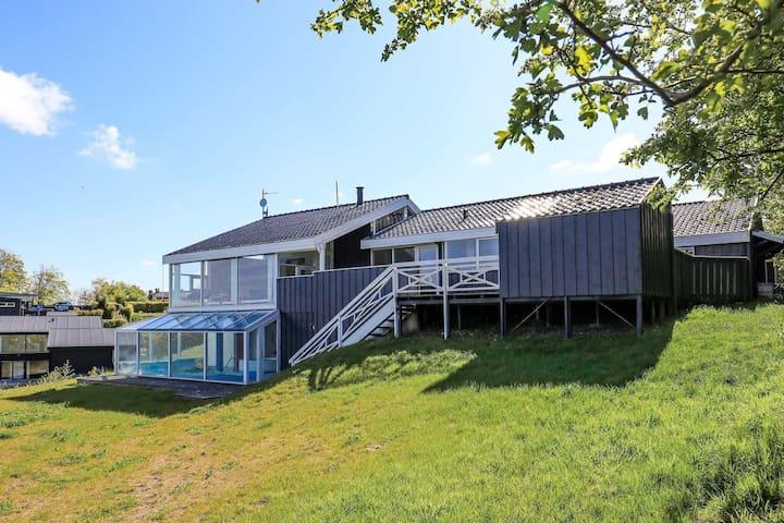 Maison de vacances au calme à Logstrup Jutland avec piscine