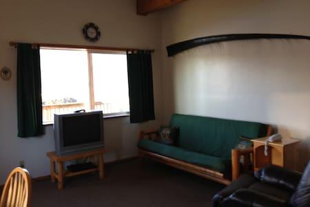 The Seldovia Harbor Inn - Seldovia