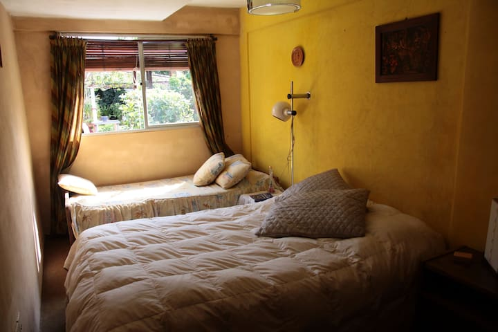 Cozy room 2 blocks from the beach - Colonia Del Sacramento - Dom
